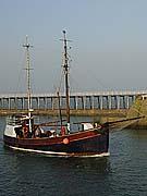 whitby-boat2.jpg